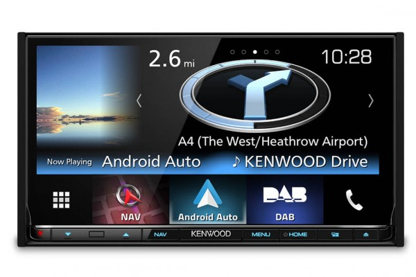 Stay connected with Apple CarPlay and the Kenwood DNX8160DABS